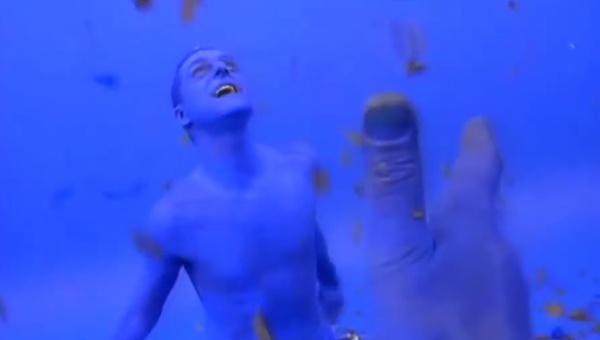 <p>Erasure</p><p>'Blue Savannah'</p><p>Directed by Kevin Godley</p>  <p>Edit by Jerry Chater</p>